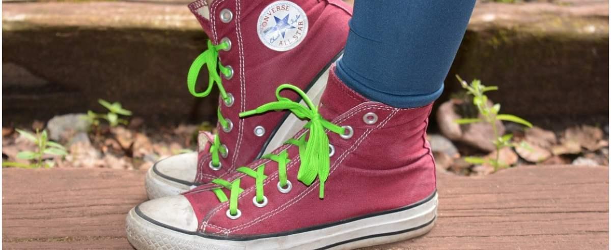 Converse stawia na ekologię. Firma stworzyła buty z odpadów.