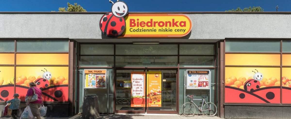 fot: Arkadiusz Ziolek/ East News. Warszawa. 06.06.2018. n/z Sklep Biedronka.