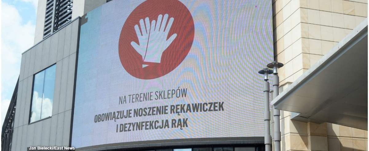 Fot. Jan Bielecki/East News,Warszawa, 04.05.2020. Otwarcie galerii handlowych w ramach drugiego etapu luzowania obostrzen w zwiazku z epidemia koronawirusa w Polsce.