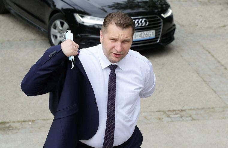 Przemysław Czarnek szykuje rewolucję w szkołach