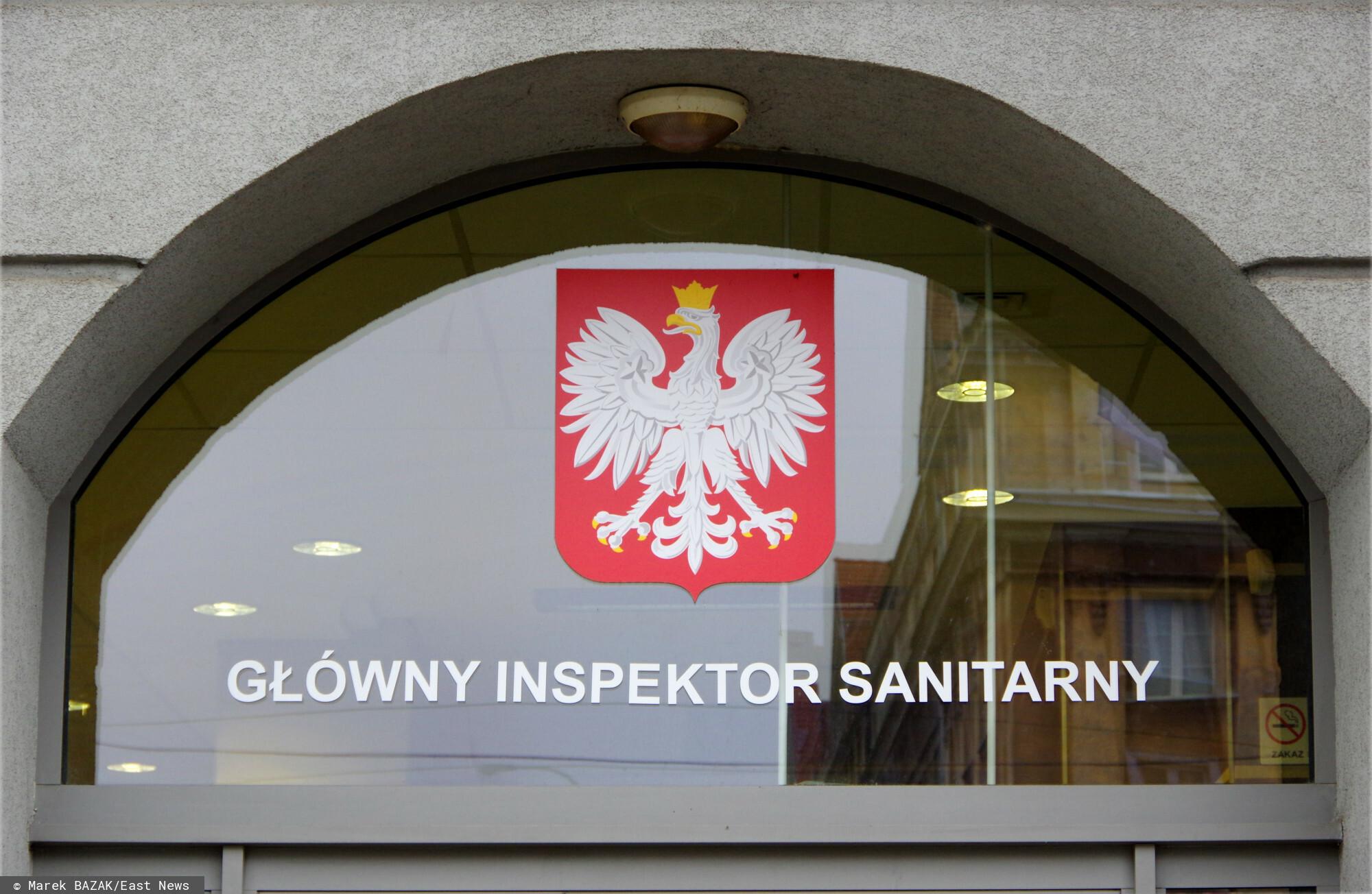 PHOTO: ZOFIA I MAREK BAZAK / EAST NEWS Warszawa ulica Targowa N/Z Glowny Inspektorat Sanitarny