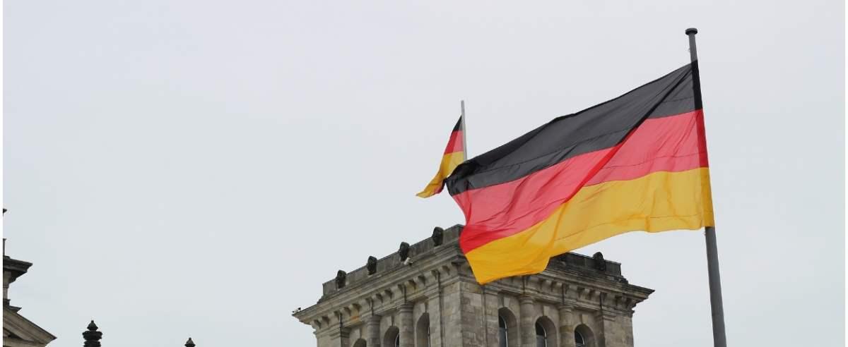 Niemcy myślą o gospodarce. Powrót do stanu sprzed pandemii zajmie Niemcom chwilę czasu.