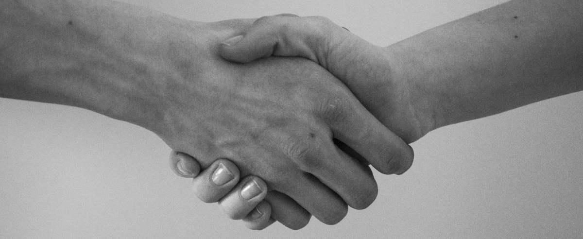 Jak rozwiązać umowę za porozumieniem stron?