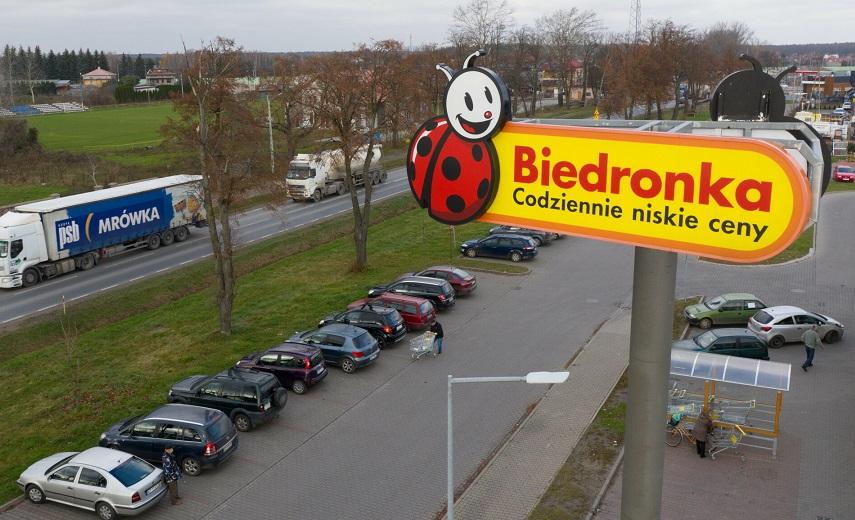 Zarządca parkingów Biedronki i Aldi ukarany