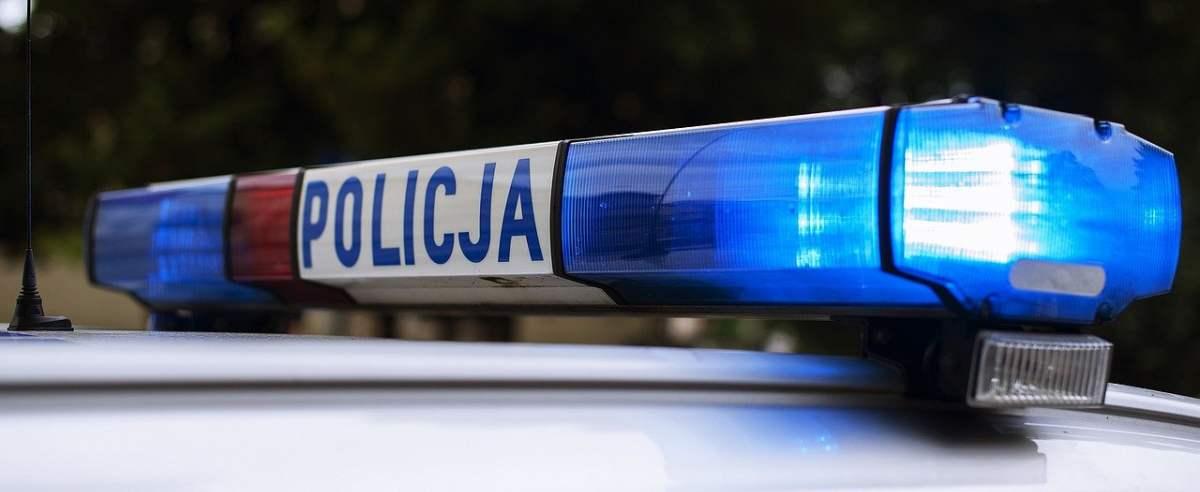 Policja ostrzega przed oszustami podszywającymi się pod funkcjonariuszy