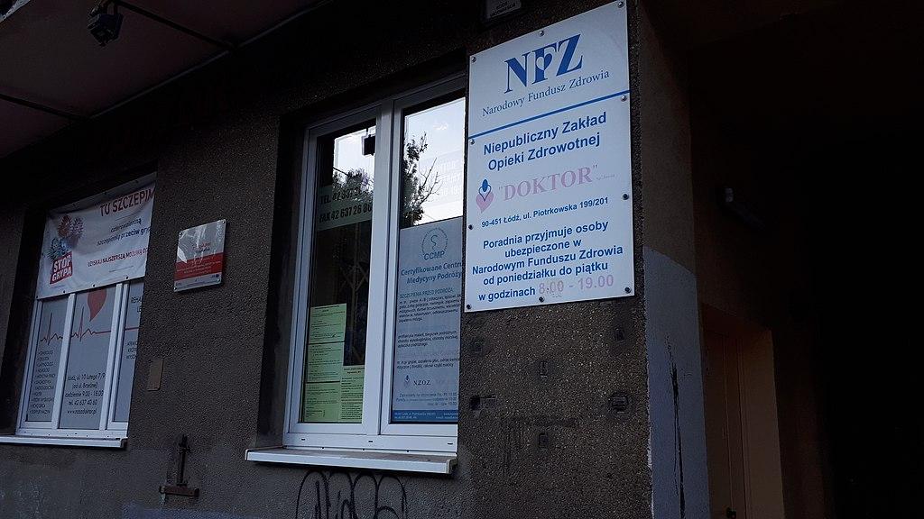 NFZ podliczył ile będzie kosztować rehabilitacja ozdrowieńców