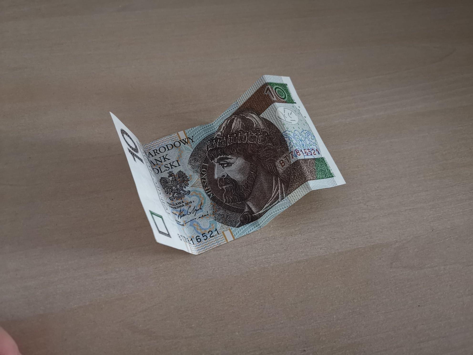 Nowy Ład zabierze bogatym, a odda biednym. Polacy stracą mnóstwo pieniędzy