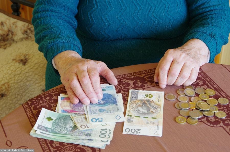 Ile wyniesie trzynasta emerytura w 2022 roku?