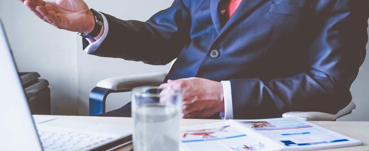 Na czym polega kontrakt menadżerski?