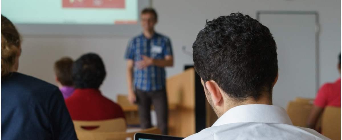 NIK prześwietlił polskie uczelnie. Jak uczelnie wyższe kształcą cudzoziemców?