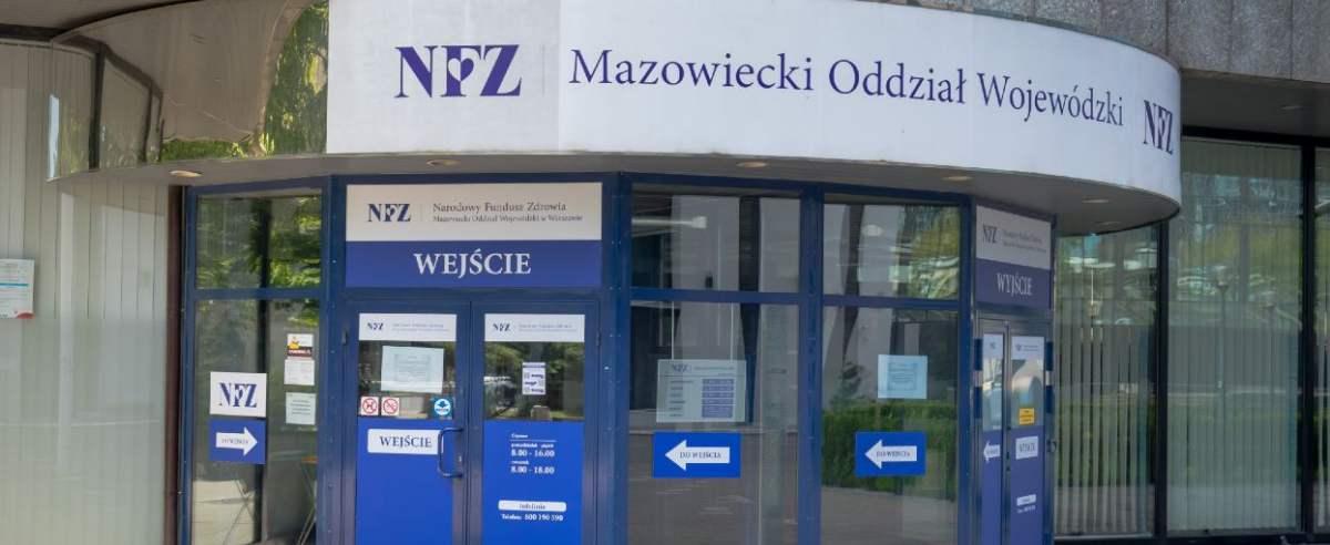 fot: Arkadiusz Ziolek/ East News. 11.05.2020. n/z Wejscie do NFZ - Narodowy Fundusz Zdrowia - Mazowiecki Oddzial Wojewodzki.