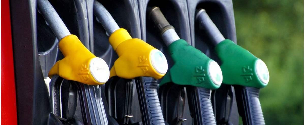 Ceny paliw rosną. Kierowcy wciąż w patowej sytuacji.
