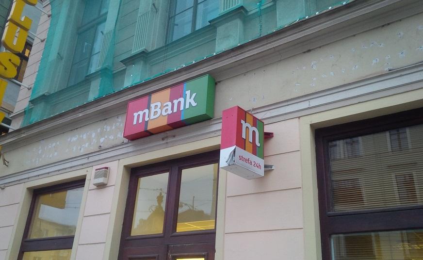 mBank odkrył karty