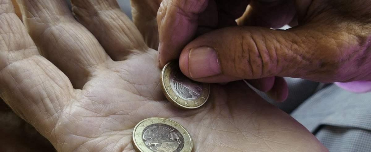 Odprawa emerytalna – kto może z niej skorzystać?