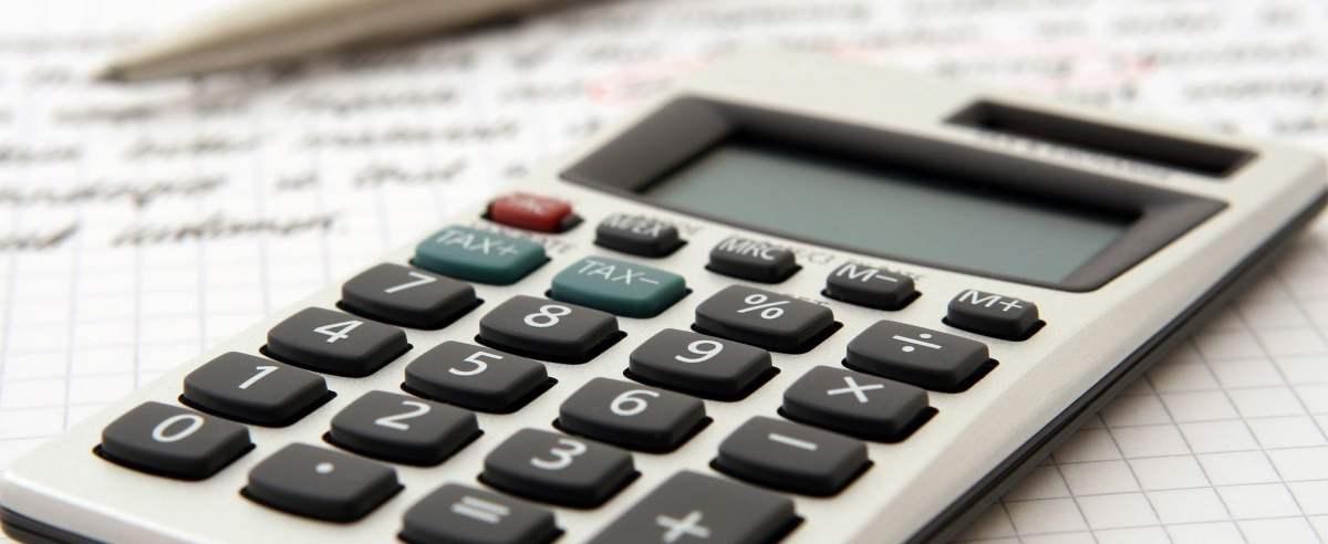 Jak wyliczyć zaliczkę na podatek dochodowy?