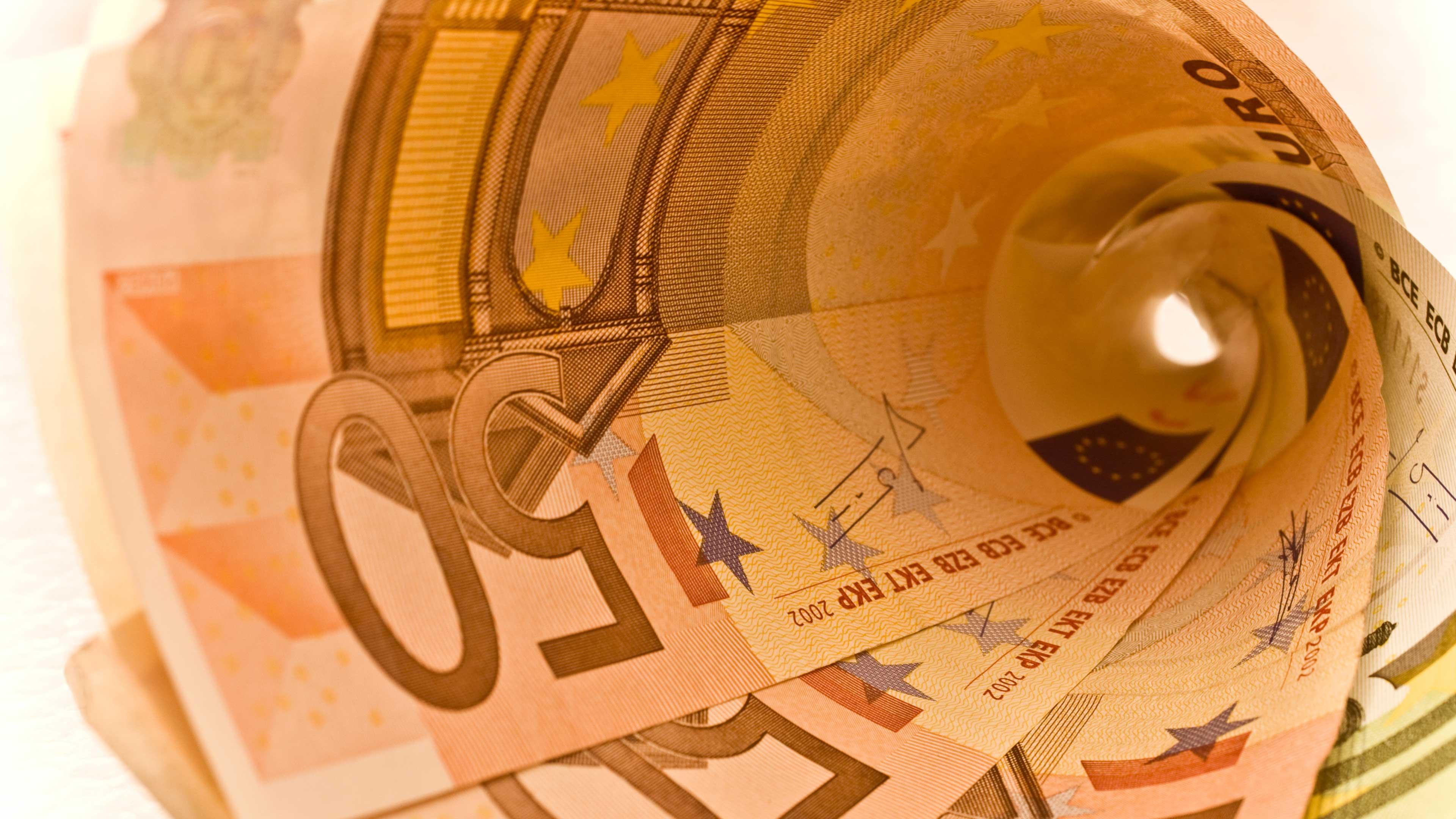 Paljonko 10 000 euroa tuotti 5 vuodessa? Vertaa eri sijoituksia