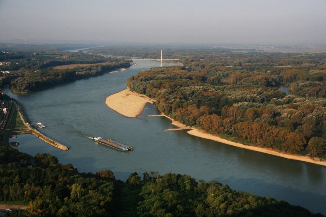 The Danube in the east of Vienna