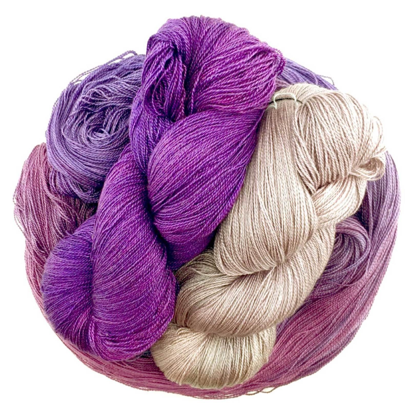 10/' sample length Silk Yarn