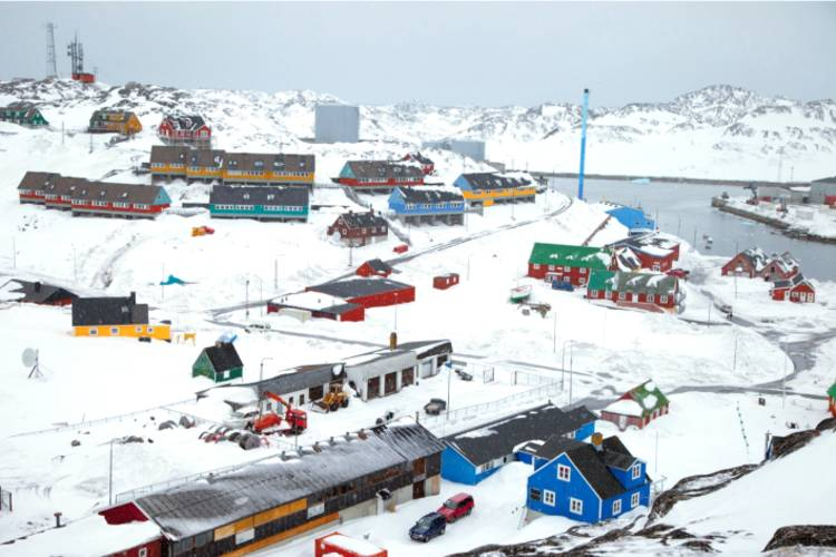 Nearby community in the Arctic image