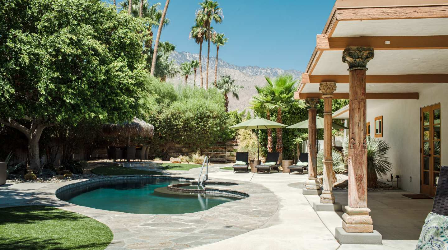Palm Springs - banner image