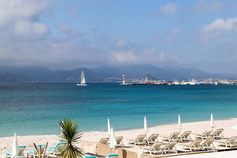 Antibes - banner image