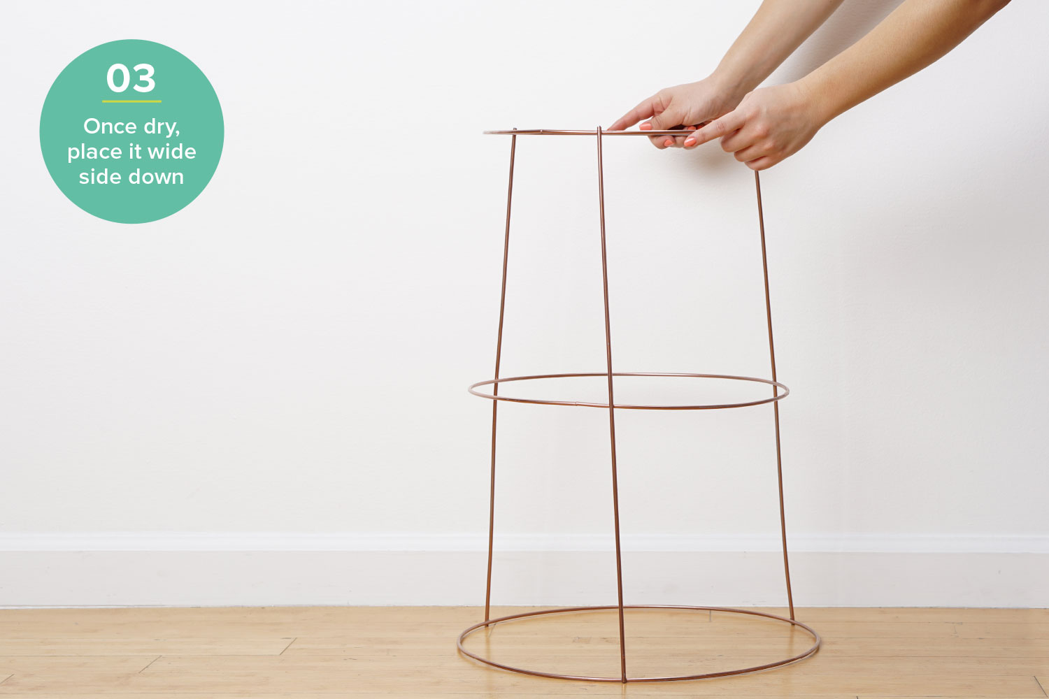 diy plant stand hardware hacks tomato cage plant stand step 3