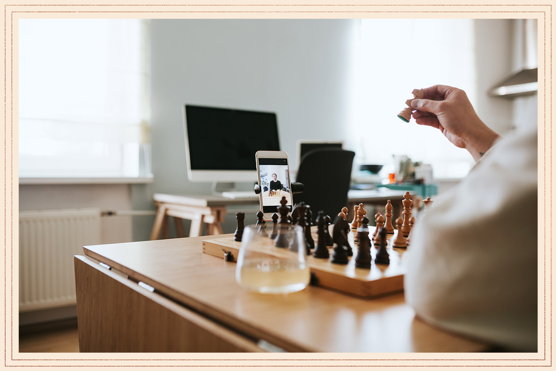playing virtual chess