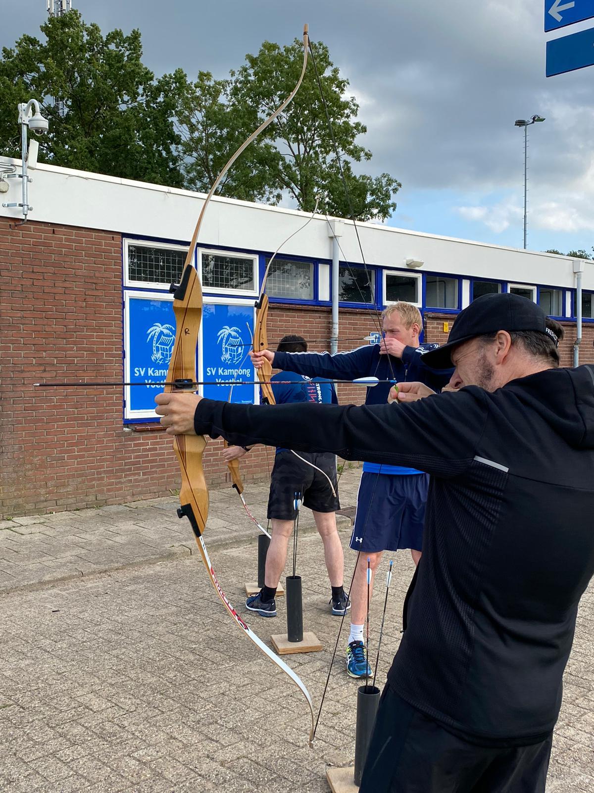 Buiten spelen archery gijs