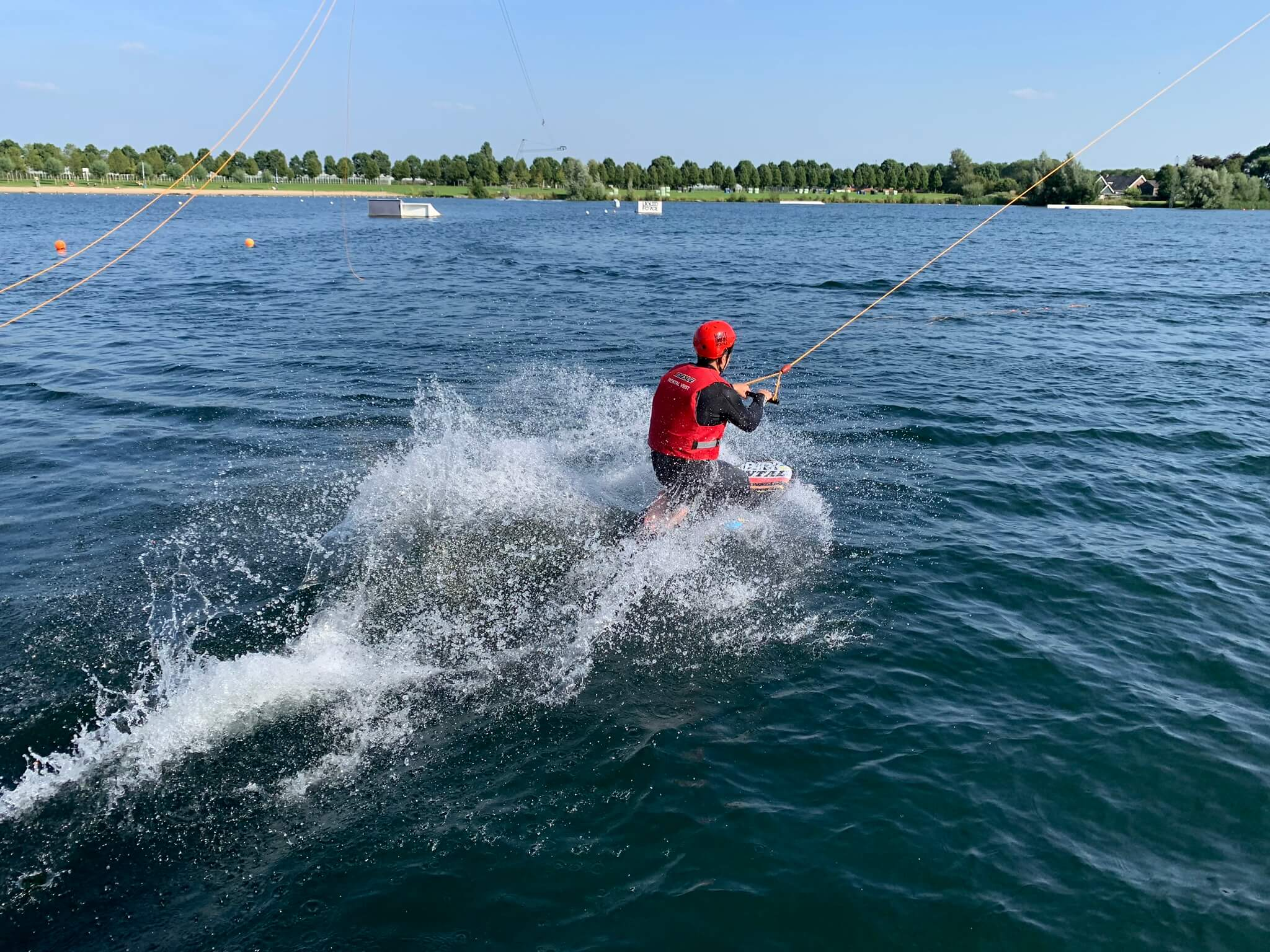 8 waterski action 1