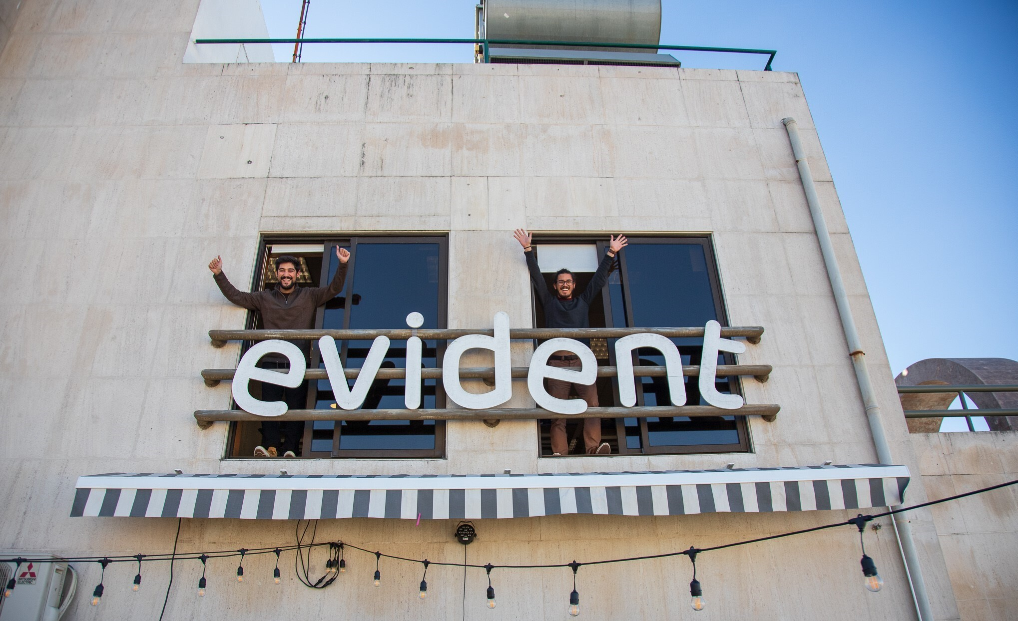 1 Welcome to Evident