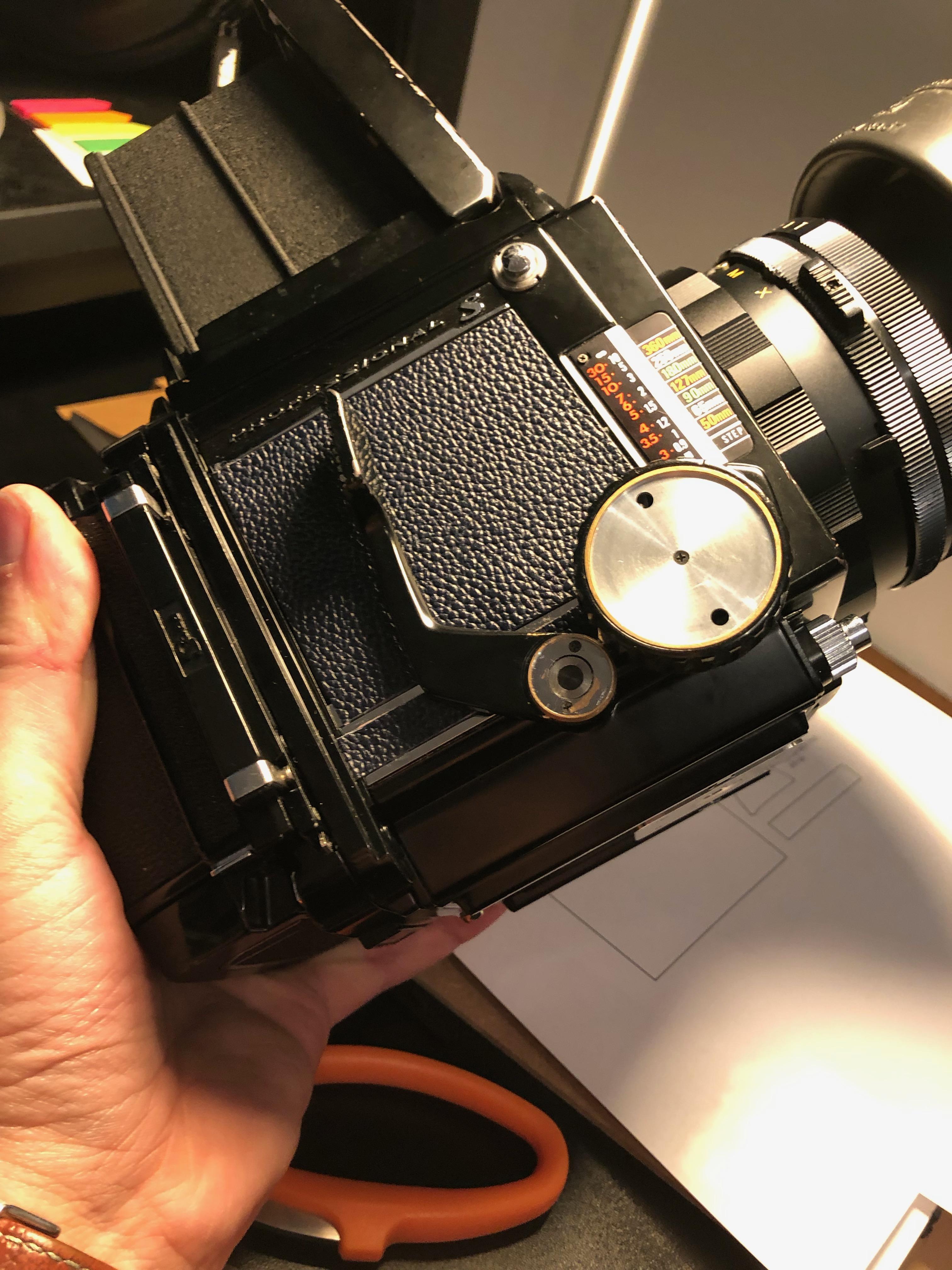 mamiya-rb67-restoration-medium-format-camera-light-seals-leather-214
