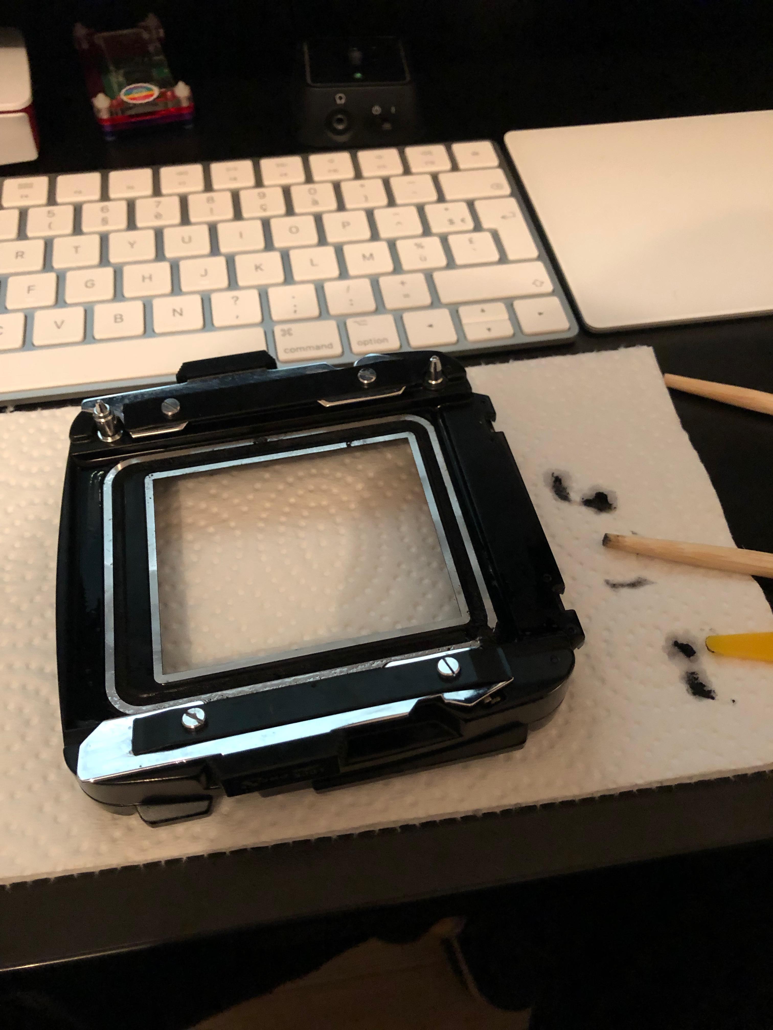 mamiya-rb67-restoration-medium-format-camera-light-seals-leather-158