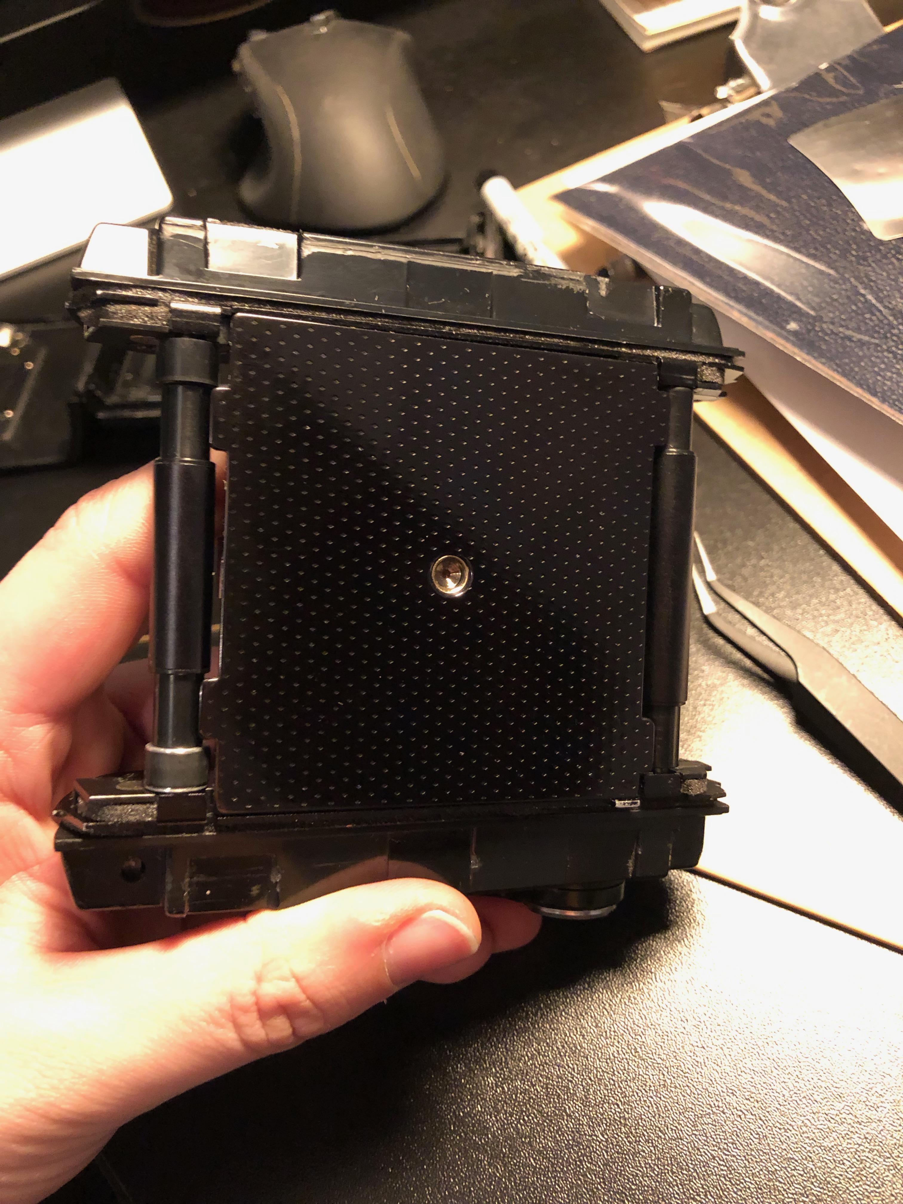 mamiya-rb67-restoration-medium-format-camera-light-seals-leather-205