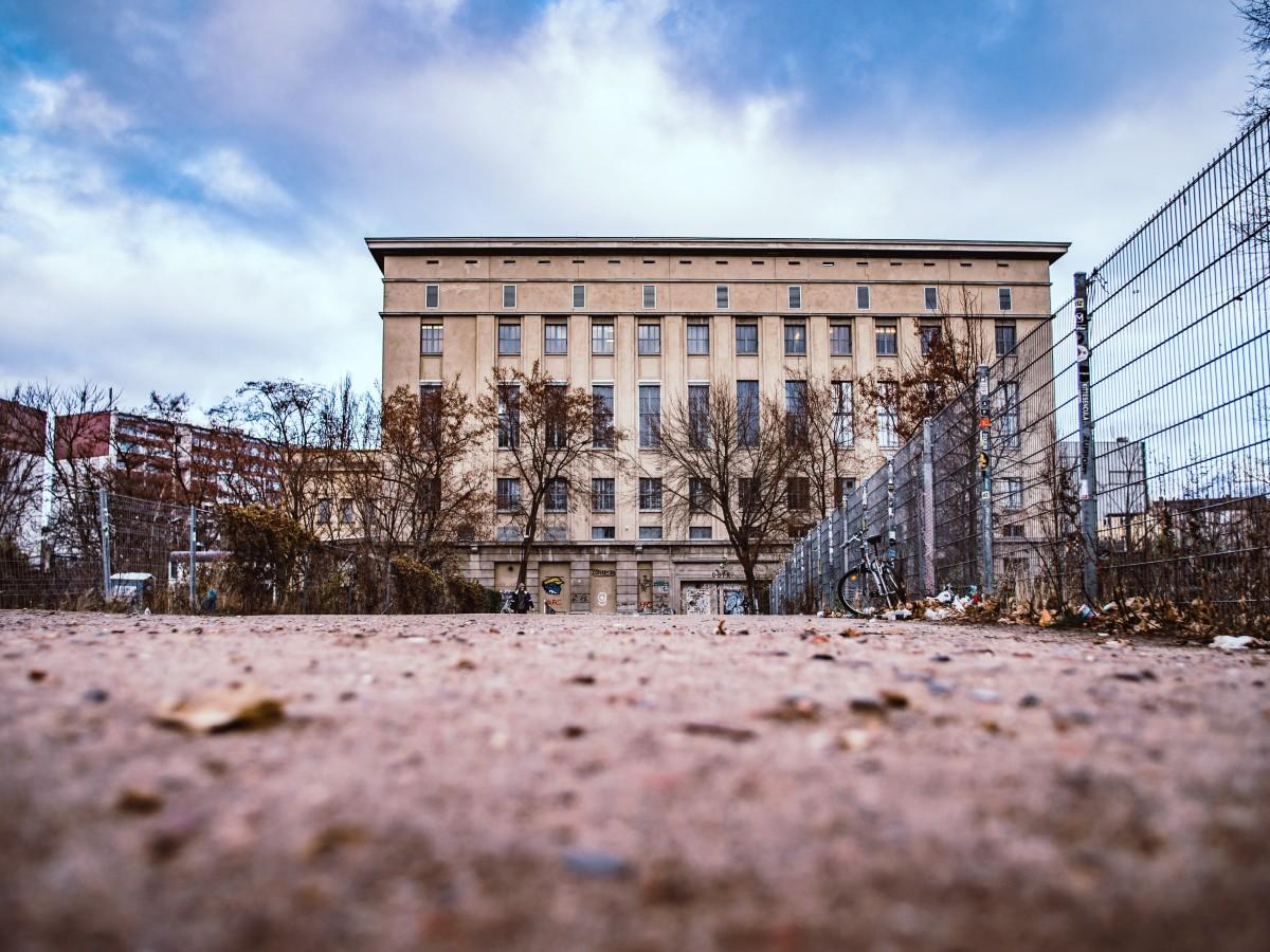 Berlin Friedrichshain Berghain, Copyright: unsplash/SimonTartarotti
