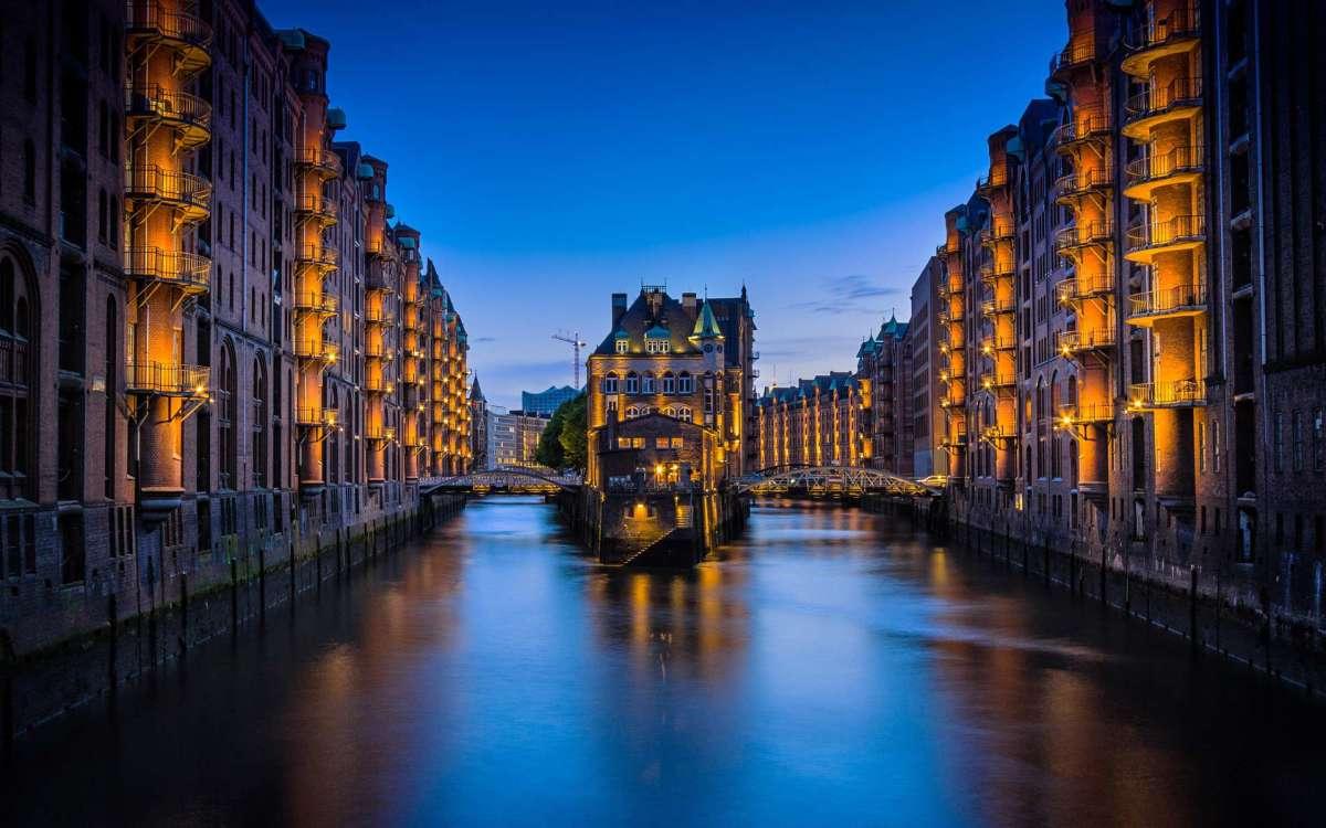Hamburg Speicherstadt Abends