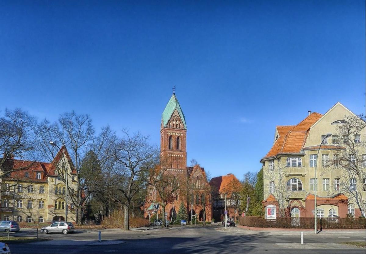 Berlin Zehlendorf Kirchplatz Copyright: pixabay