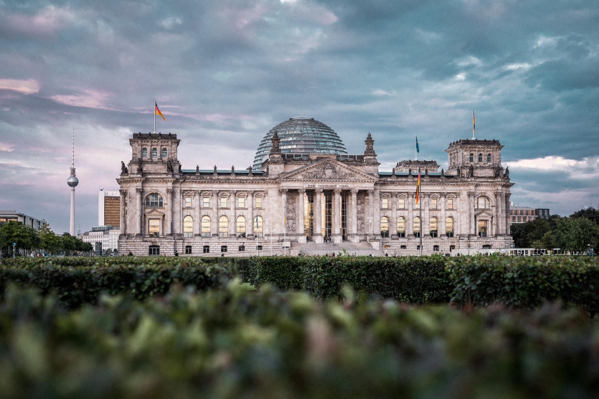 Berlin Tiergarten Reichstag Copyright: Unsplash/hoch3media