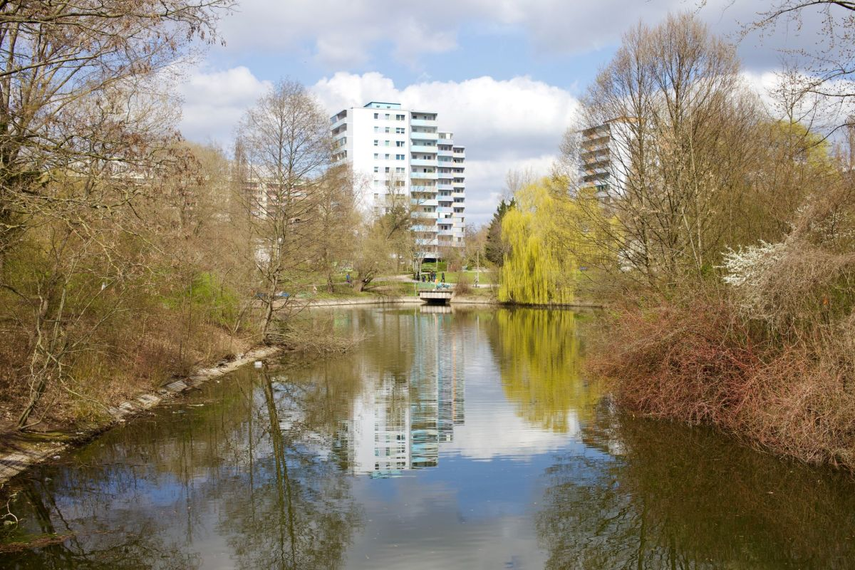 Berlin Fennpfuhl Lichtenberg Park, Quelle: shutterstock