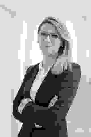 Larisa Stahl, Maklerin, Evernest Hamburg