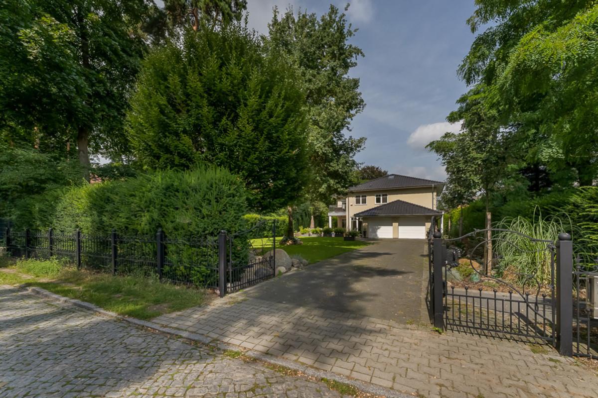 Stadtvilla mit Privatgarten