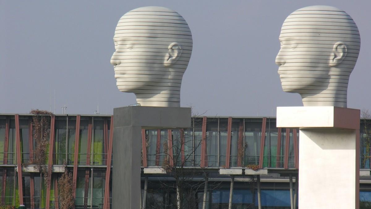 Berlin Adlershof Skulpturen, Copyright: ateloiv auf Pixabay