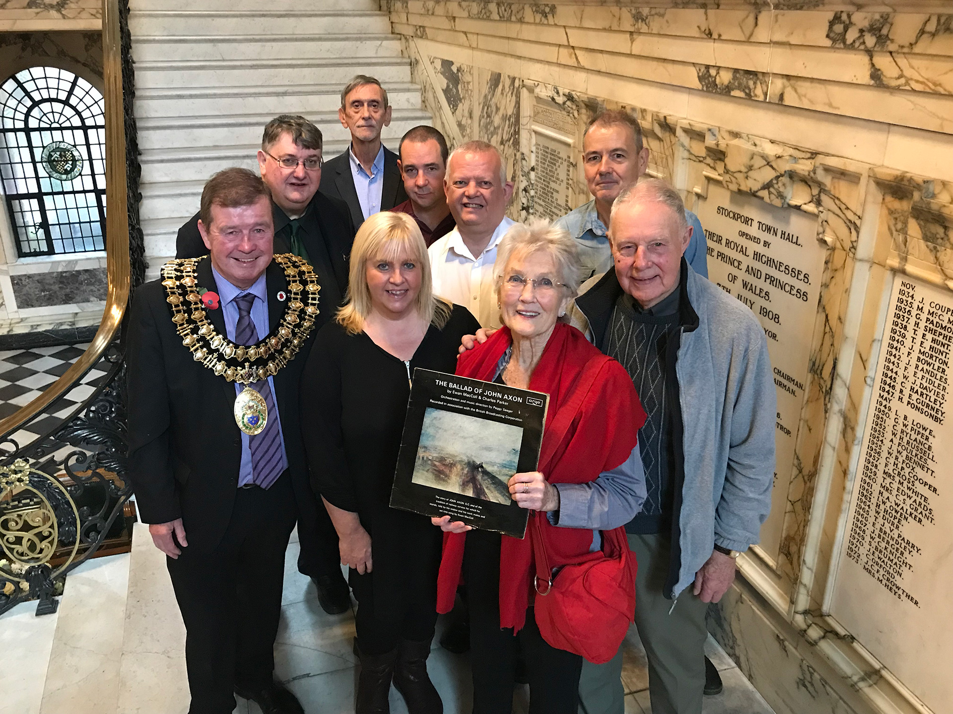 Civic reception with folk legend Peggy Seeger honours heroic train driver