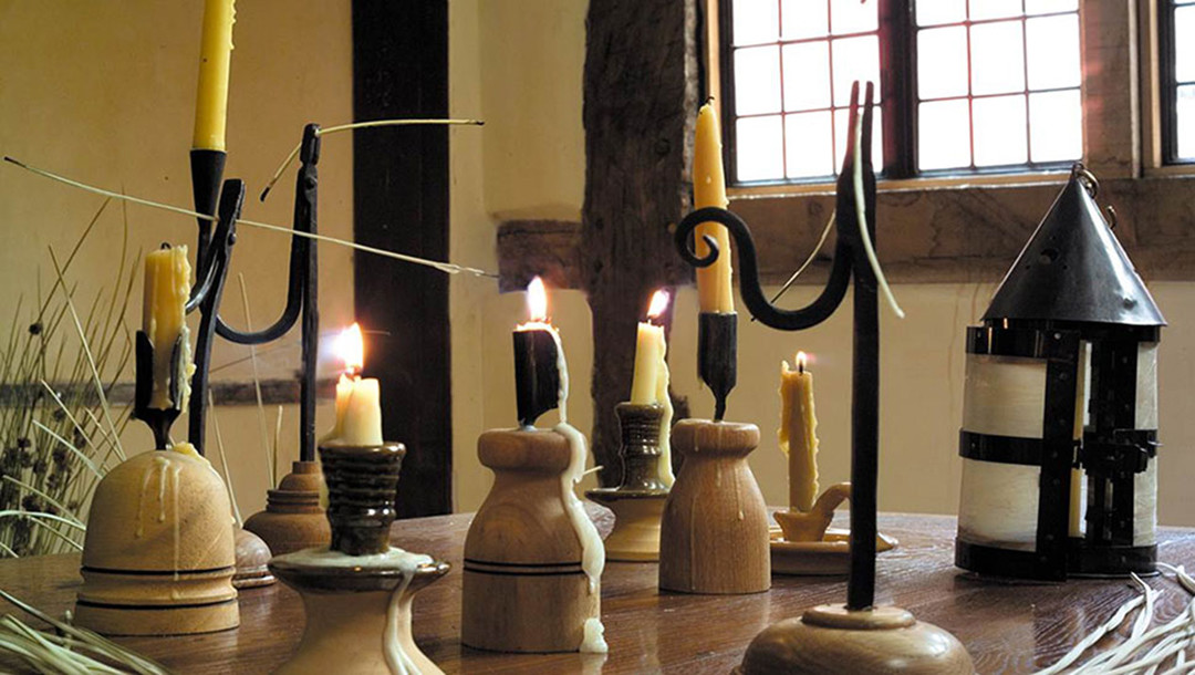 Leisure - Staircase House candles