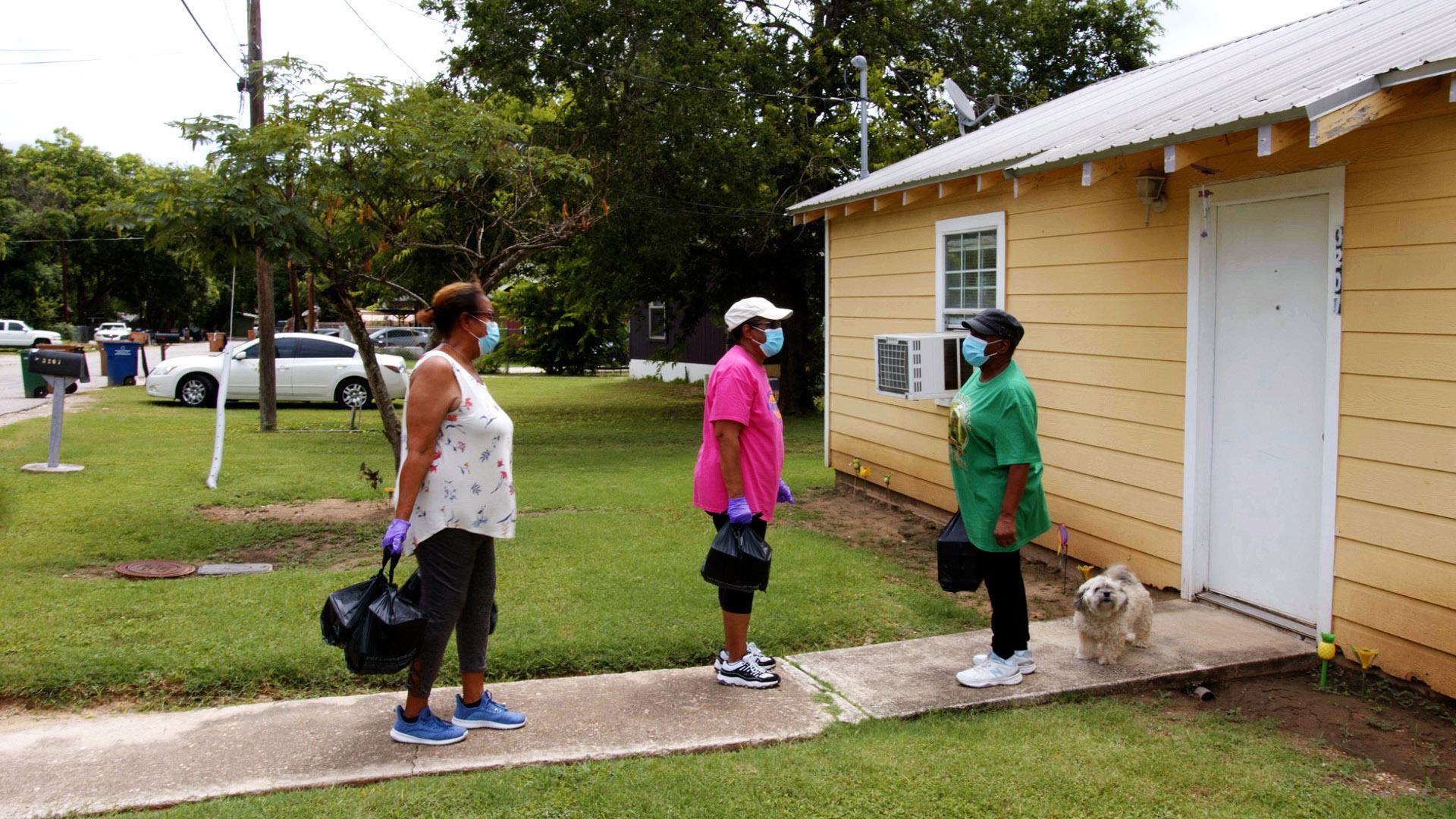 Volunteers Drop Off Meals