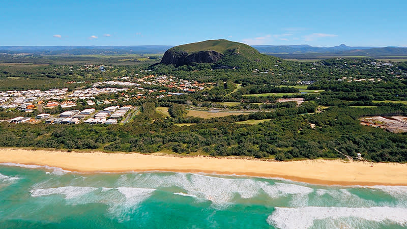 Mount Coolum. Credit – Tourism Events Queensland