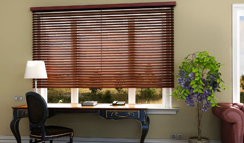 BLINDS VS CURTAINS : MAKE YOUR CHOICE