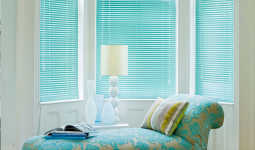 blue-venetian-blinds
