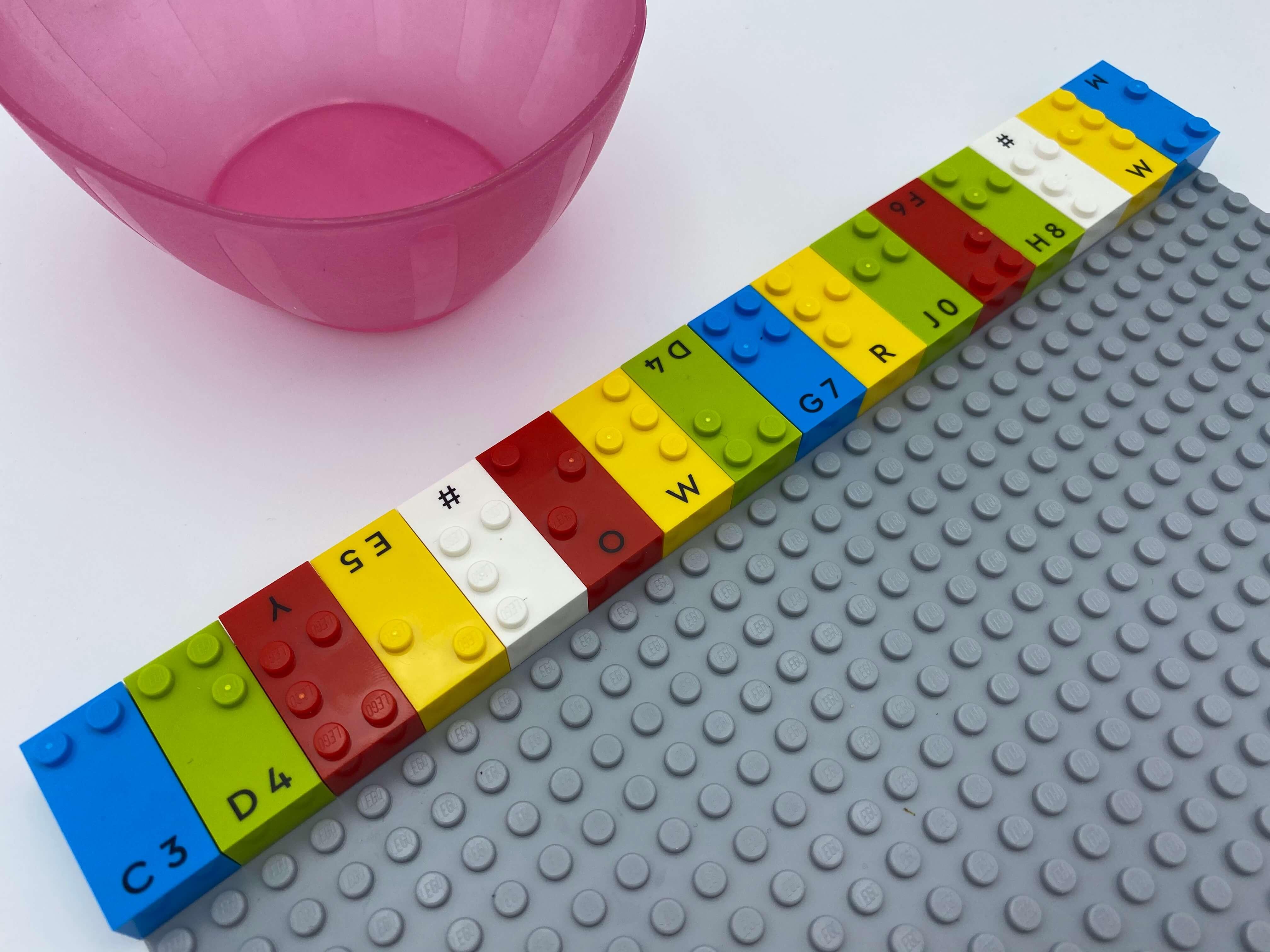 A full horizontal row of 16 vertical bricks, an empty bowl.