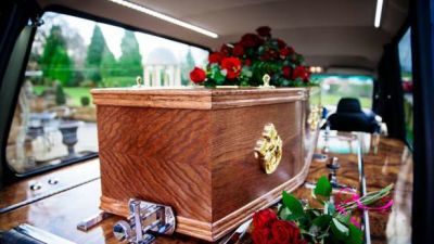 coffin-in-hearse-rose