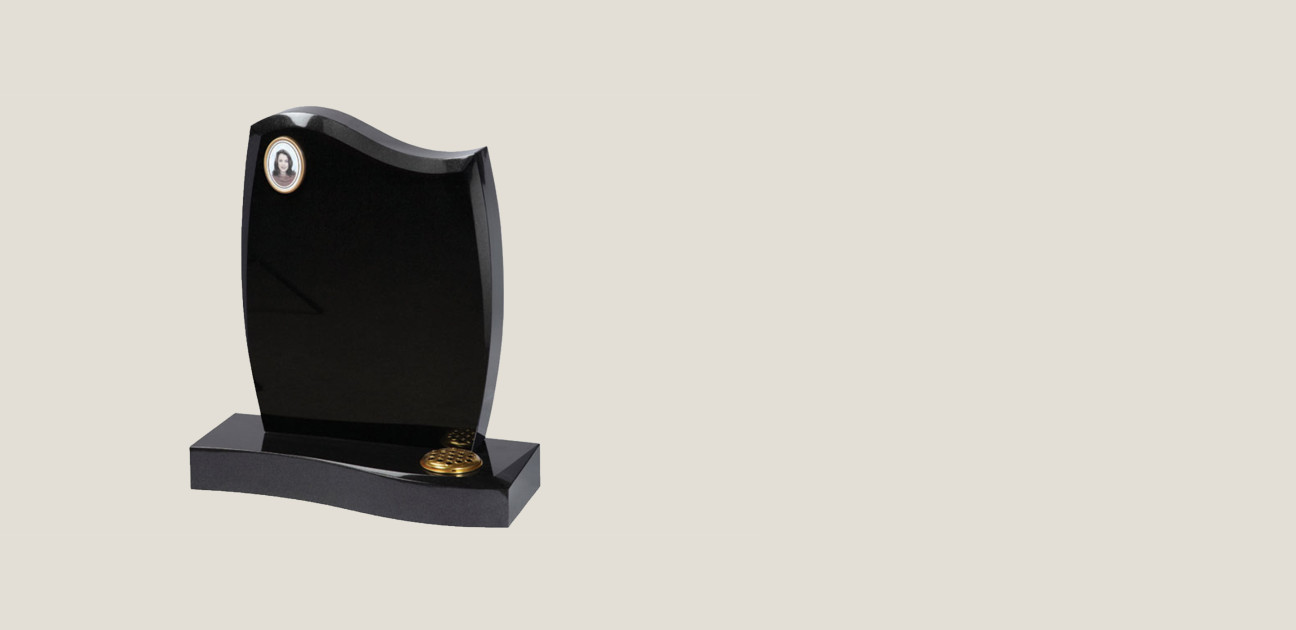 Black splayed edge memorial with a photo frame